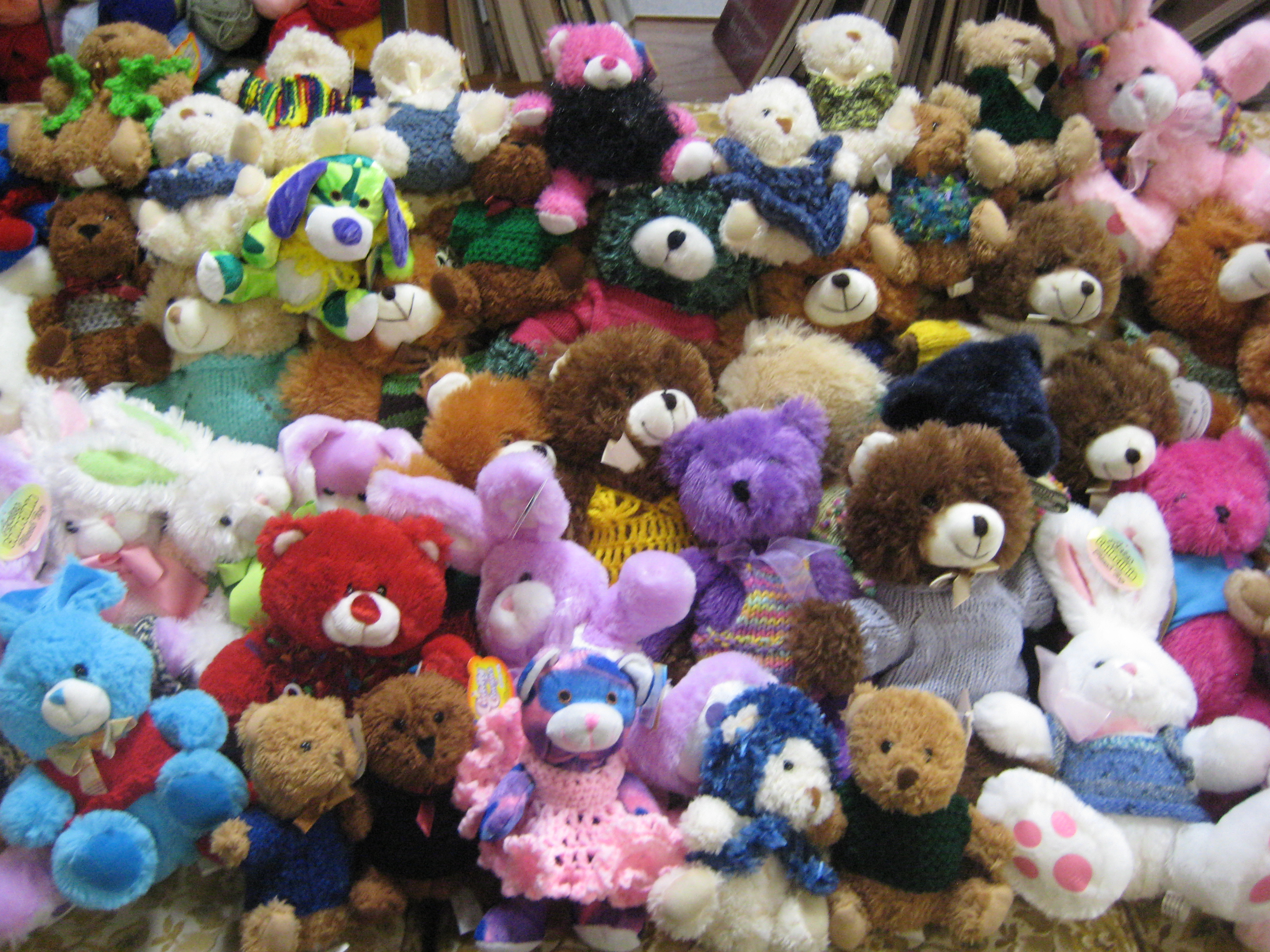 Teddy bear sweater competition salt lake knitting guild - Tedy shop ...